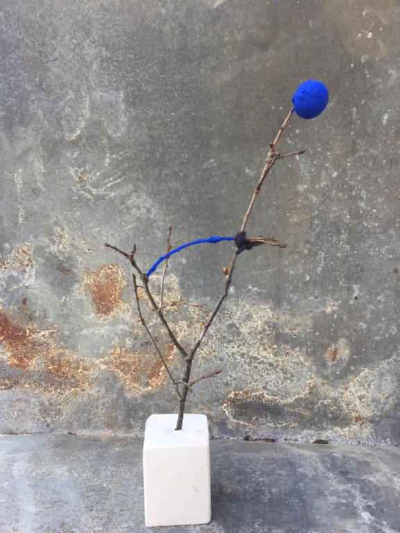 Albero in blu